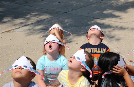 Kathryn Winn Primary students view the 2017 solar eclipse.